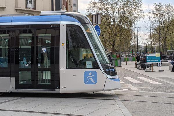 Photo d'illustration. Un tramway citadis d'Alstom en service à Vitry-sur-Seine en avril 2021.