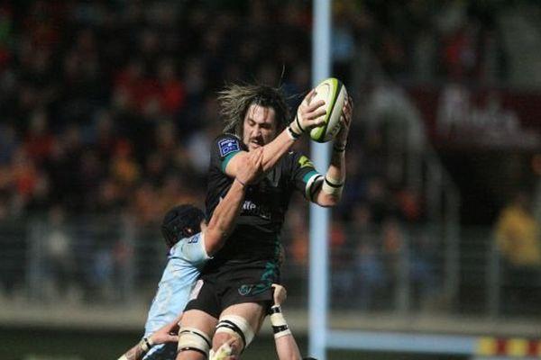 Belle opération de Perpignan, en Pro D2 de rugby, vainqueur de Montauban : 48-17. Les catalans redeviennent seuls seconds à 18 points du leader Dax