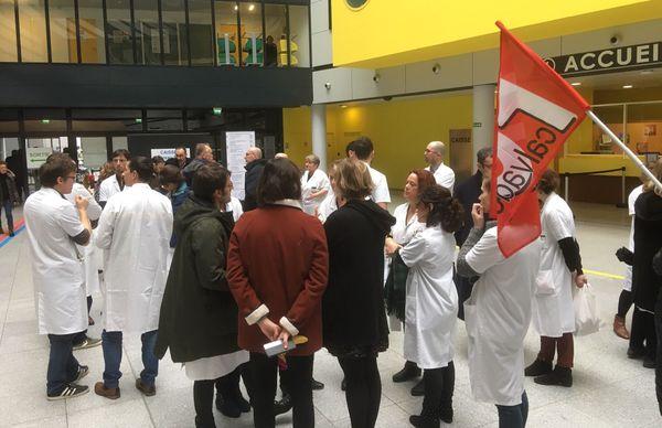 Caen: 29 médecins du CHU annoncent leur démission administrative