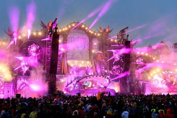 Le festival Tomorrowland winter avait attiré 25 000 fans de musique électro à l'Alpe-d'Huez en mars 2019.