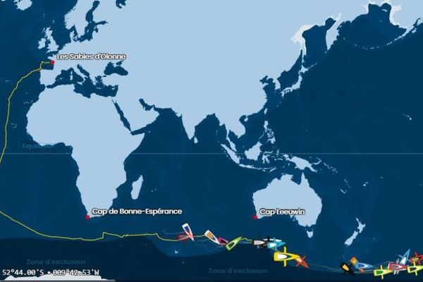 La position d'Arnaud Boissières ( bateau jaune) en ce 24 décembre 2020