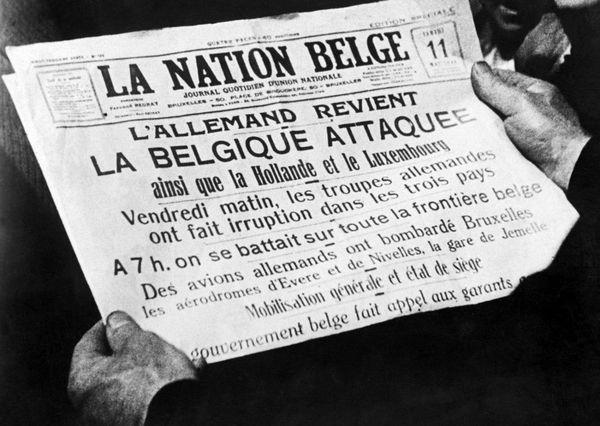 """La presse belge résumant en """"une"""" les événements du 10 mai 1940."""