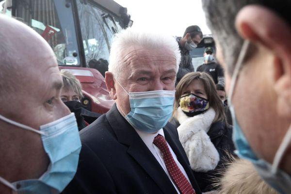Jean-Marie Bernard à sa sortie du tribunal après trois heures d'audience.
