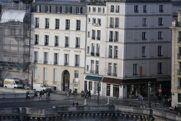 Panne de courant dans plusieurs arrondissements à Paris.