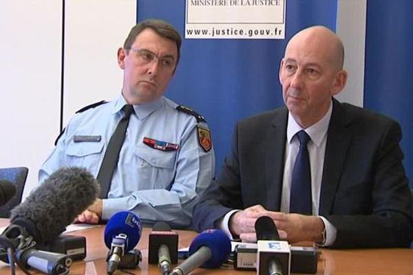 Christophe Barret, le procureur de la République à Montpellier (à droite), lors d'un point presse à Montpellier - 27 novembre 2016
