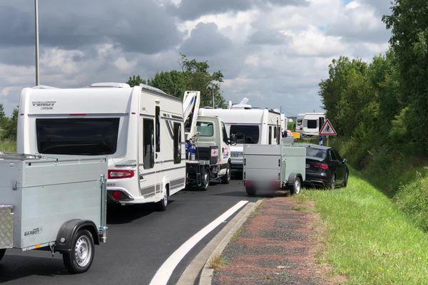 170 caravanes de gens du voyage ont bloqué la rocade d'Etaules de dimanche 16h à ce lundi 14h