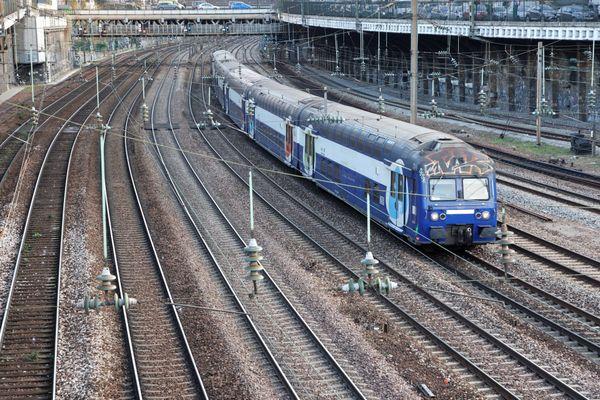 Un train TER en Gare de Saint Lazare