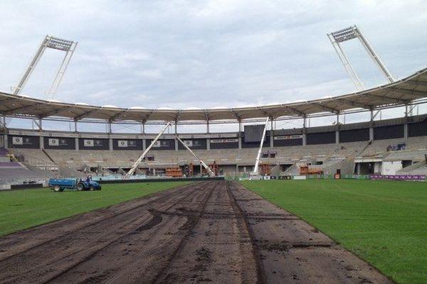 Nouvelle pelouse au stadium en 2014