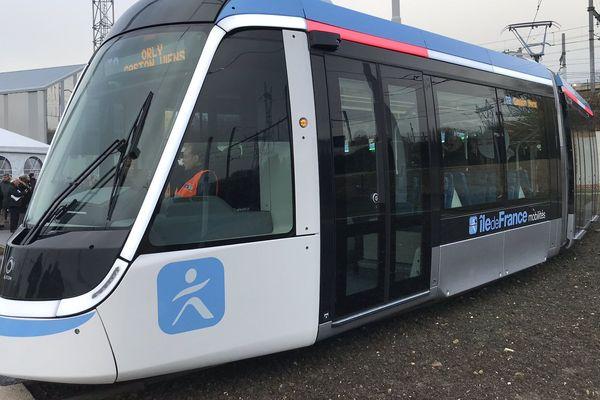 Le design du tramway T9 a été choisi par un vote de Franciliens.