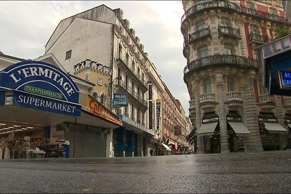 La ville de Lourdes possède 66 magasins à des emplacements de choix, tout près du Sanctuaire.