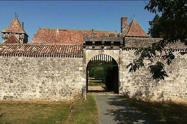Le château de Gageac, dans le Bergeracois