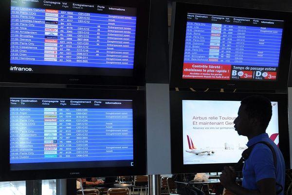 14 vols sont annulés, au départ et à l'arrivée de Toulouse-Blagnac, lundi 23 avril.