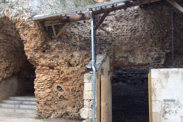 Les vestiges de l'amphithéâtre rue Bourcani