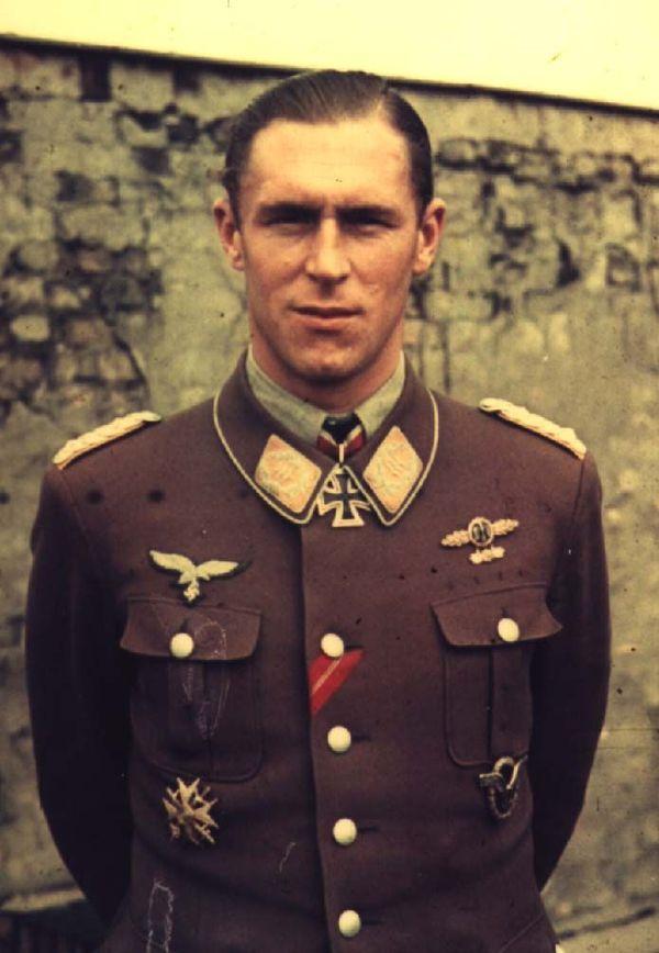 Le pilote allemand Hannes Trautloft (photo non datée).