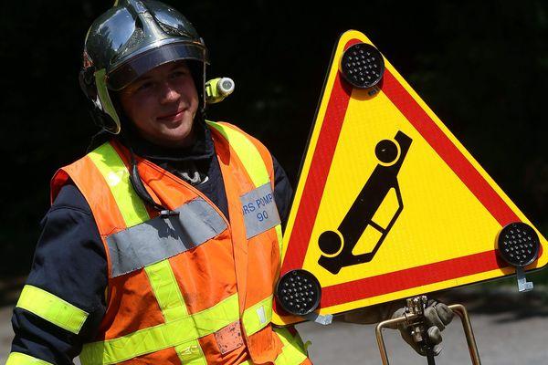 Les sapeurs-pompiers de l'Ain n'ont pas réussi à sauver deux victimes, le 2 août 2021. Un motard et une conductrice de voiture ont perdu la vie à Saint-Vulbas et Jujurieux dans deux accidents distincts.