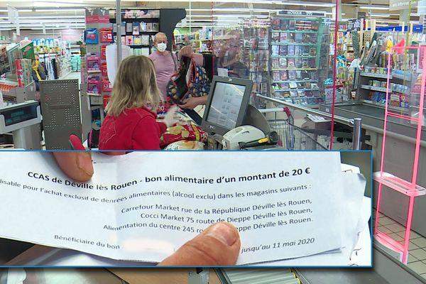27 avril 2020 – Achats alimentaires avec un bon de la mairie à Déville-les-Rouen (Seine-Maritime)