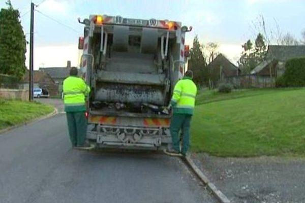 Polémique sur la collecte des ordures ménagères à Saint-Maulvis dans la Somme