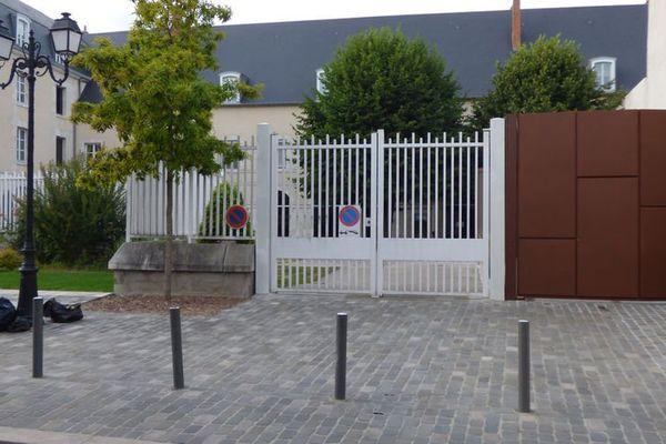 Des documents confidentiels du palais de justice de Montargis retrouvés sur un trottoir
