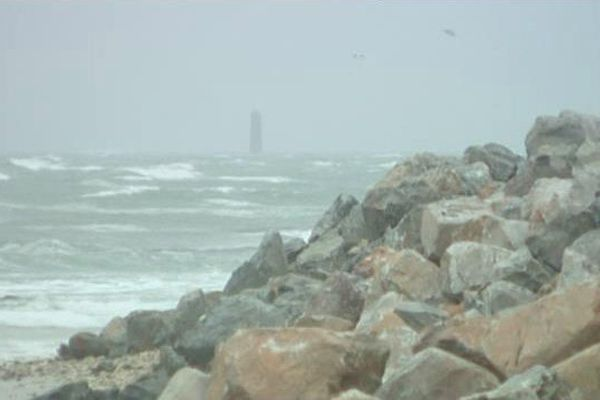 Sur le littoral, l'océan est souvent agitée et les tempêtes, fréquentes et violentes