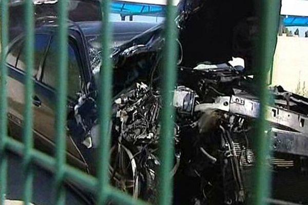 Narbonne (Aude) - le go-fast accidenté interpellé par les douanes - 24 juin 2013.