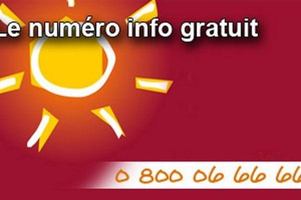 La plateforme téléphonique Canicule info service vous informe également au 0 800 06 66 66 (appel gratuit depuis un poste fixe), du lundi au samedi de 08 h à 20 h,jusqu'au au 31 août.