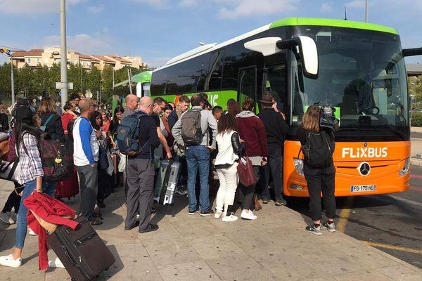 Ce bus au départ de Montpellier vers Bordeaux était bondé