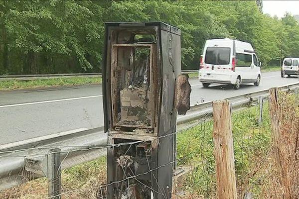 Le radar incendié à Louhossoa, en Pays basque.