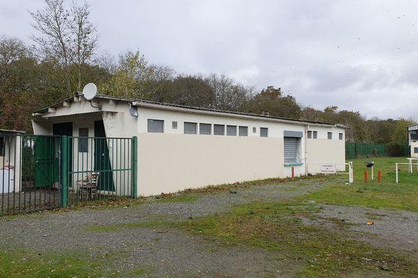 Le local du club de football des Izards.