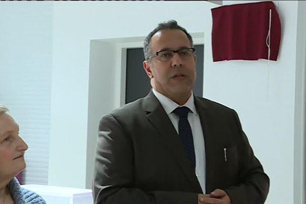 Karim Amri a annoncé qu'il quitterait prochainement ses fonctions de directeur de l'hôpital de l'Aigle, un an après son arrivée.