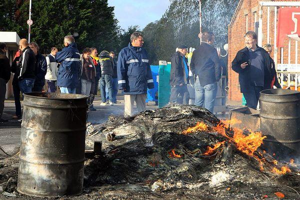 Les salariés de Calaire Chimie en colère, le 23 octobre 2013 à Calais