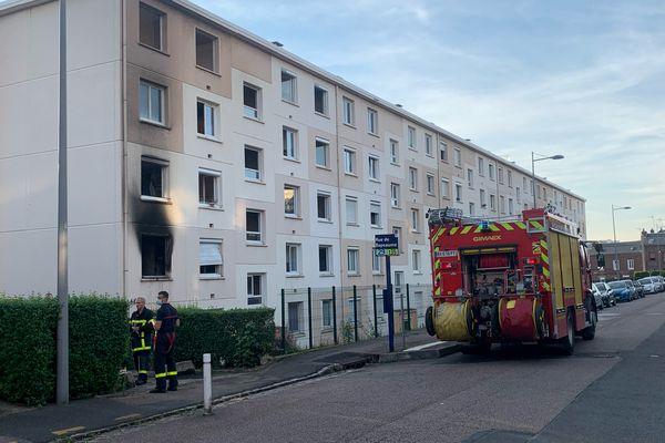 Incendie dans un immeuble d'habitation situé rue Charles-Besselièvre à Rouen, mercredi 22 septembre 2021