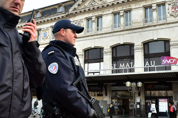 Depuis 17 heures, ce mercredi après-midi, la gare Matabiau de Toulouse est évacuée en raison d'un colis suspect.