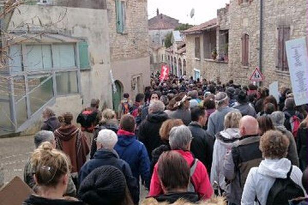 Barjac (Gard) - des milliers de manifestants contre le gaz de schiste - 28 février 2016.