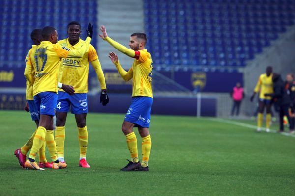Gaetan Weissbeck et les joueurs sochaliens face au Havre