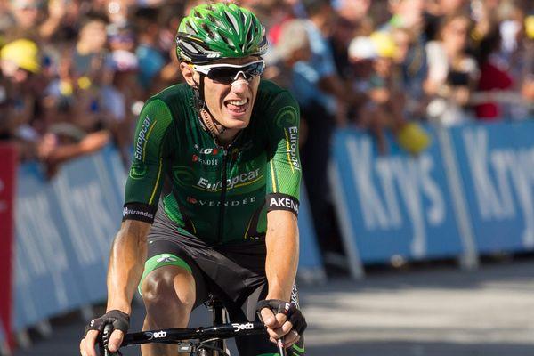 Arrivée de Pierre Rolland lors de la 18e  étape entre Gap et Saint-Jean de Maurienne le 23 juillet 2015.