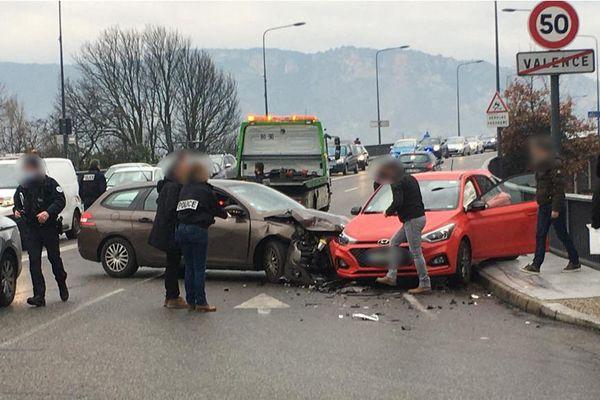 Périple meurtrier à Valence et Guilherand-Granges (28/1/21). L'homme a été stoppé par la police sur le pont Mistral.