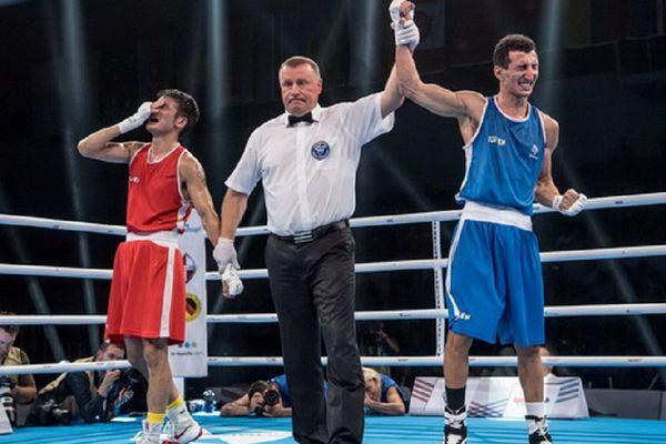 Sofiane  Ouhmia, le boxeur toulousain du Bagatelle Boxing club, qualifié pour la finale des Mondiaux de boxe