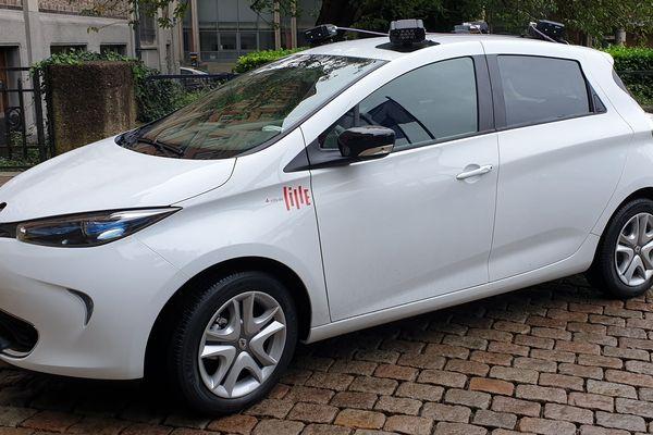 Cette voiture de la mairie de Lille, équipée de quatre caméras, va sillonner les rues et identifier les véhicules dont le stationnement n'a pas été payé.
