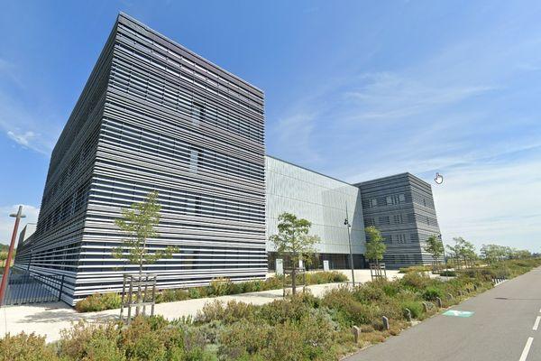 La plateforme de recherche, Ecotox, est basée près de la gare Tgv de Valence, dans la Drôme. Le site va être racheté par une filiale de l'Institut Mérieux.