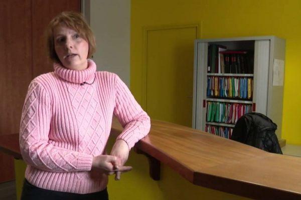 Sonia Jullien, maire sortante de Saint-Sauveur-de-Ginestoux.