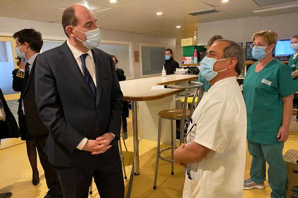 Jean Castex en visite au service des urgences de l'hôpital de Guéret le 6 mars 2021