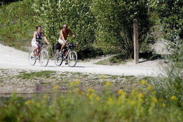 Une demande de réouverture est en cours d'instruction auprès de la Préfecture pour le Grand Parc Miribel-Jonage, près d Lyon.