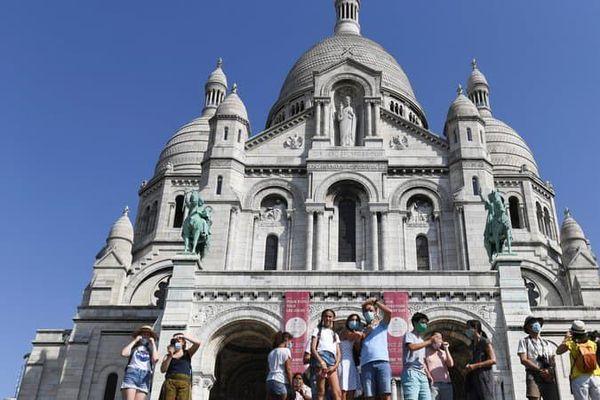 Le Sacré-Cœur est le deuxième monument religieux le plus visité de Paris - ALAIN JOCARD / AFP