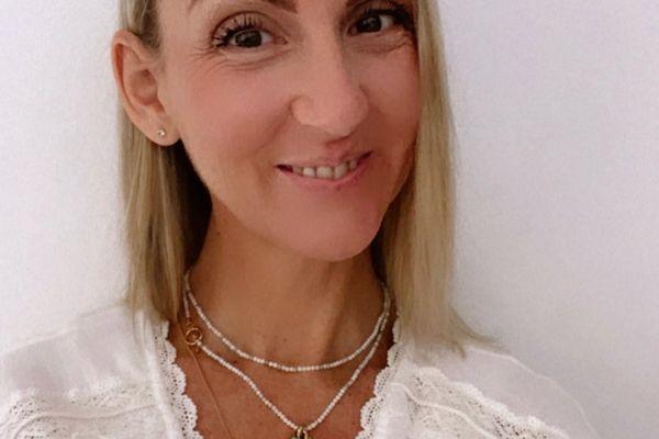 Isabelle Schaal a traversé 20 ans d'errance médicale avant de pouvoir identifier sa maladie : l'algie vasculaire de la face