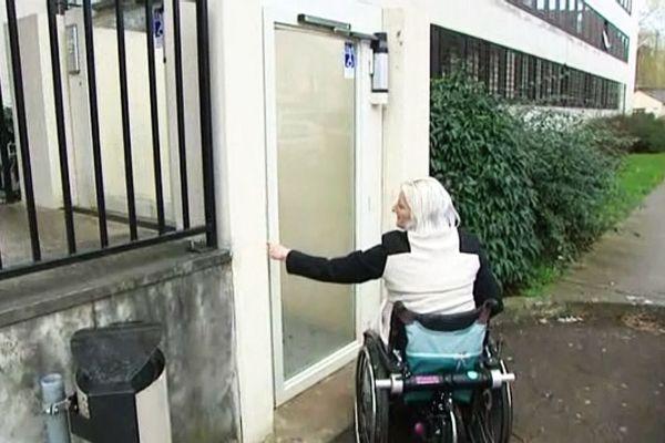 La mise en conformité des Etablissements Recevant du Public pour accueillir les handicapés se fera dans un délai de 3 à 9 ans