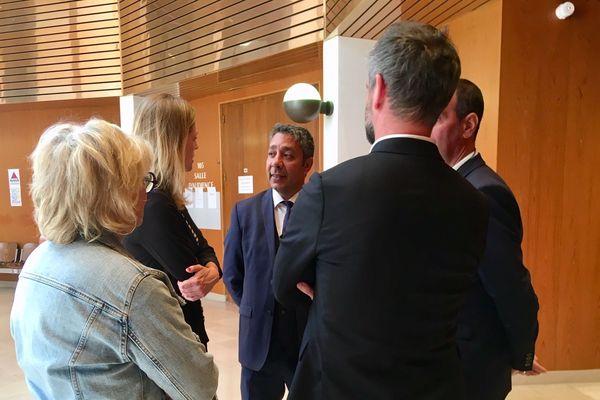 Mustapha Laabid avant son procès à Rennes pour abus de confiance soutenu par Carole Gandon,  porte-parole de la République en Marche, et Florian Bachelier, député LREM d'Ille-et-Vilaine.