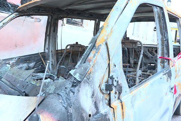 Neuf véhicules ont été incendiés tôt ce jeudi matin à Semur-en-Auxois (Côte-d'Or).