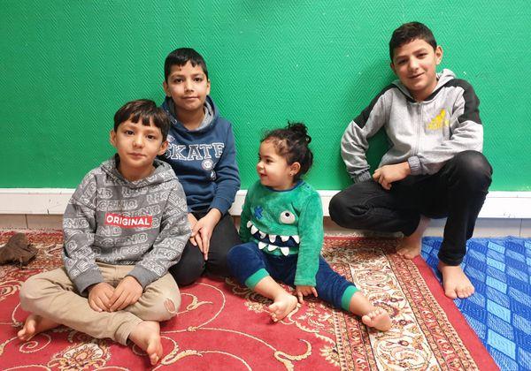 De gauche à droite :  Kasim (6ans), Khaled(8 ans), Chaimaa (2 ans) et Tamir (10 ans)