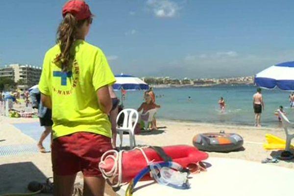 Plage de la Salis à Antibes (06).