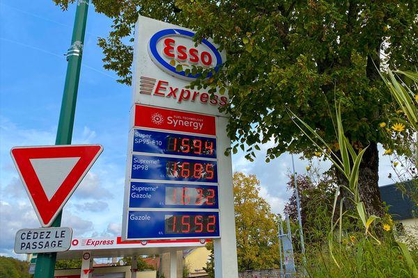 La barre symbolique des 1€50 a été passée à la pompe de gazole en Haute-Marne, début octobre 2021.